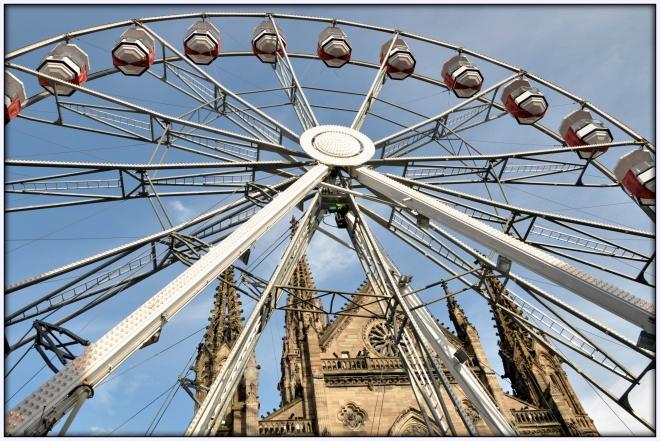 grande roue mulhouse,marché noel mulhouse,place de la reunion mulhouse